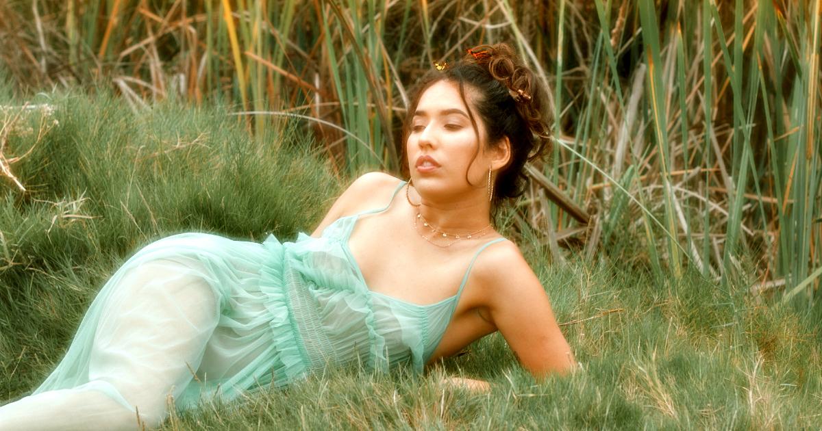 EVAH presenta «Marea», una canción para encontrar nuestra paz interior