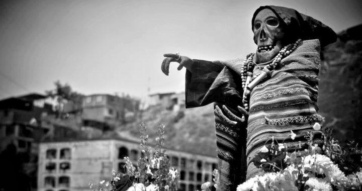 Santo playlist: 20 canciones peruanas para recordar a nuestros muertos